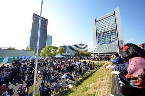『Re:animation5』の中野駅前広場