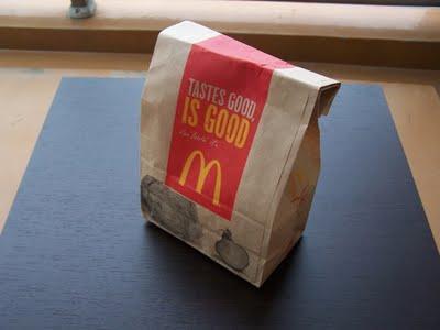 【マクドナルド】200円で完成! ボリューム満点オリジナルバーガーのつくりかた