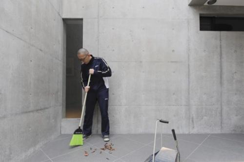 【お坊さんのお掃除スタイルvol.1】 吉村昇洋さん「典座さんのぴかぴかキッチン」