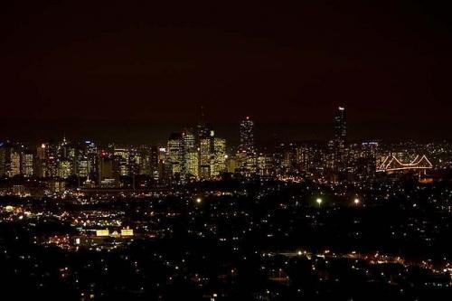 イルミネーションも景色もバッチリ! 難しいと思っていた夜景撮影に挑戦【カメラ生活】