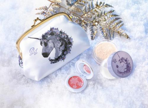 【クリスマスコフレ2012】ポール&ジョー ボーテ 「メイクアップ コレクション 2012」(1名様にプレゼント)
