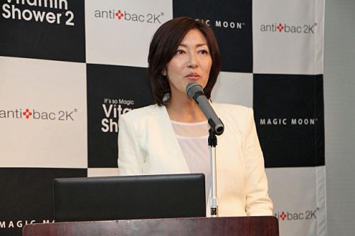 ビタミンCを寝ながら浴びる!アンティバックジャパン、「ビタミンシャワー2」を発表