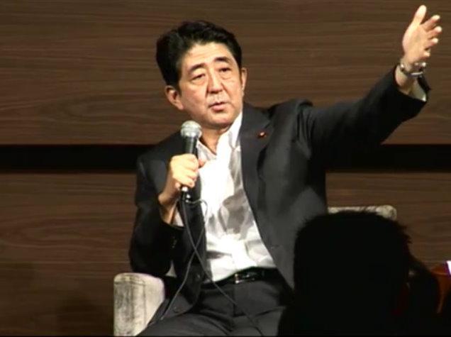 自民党の安倍晋三元首相