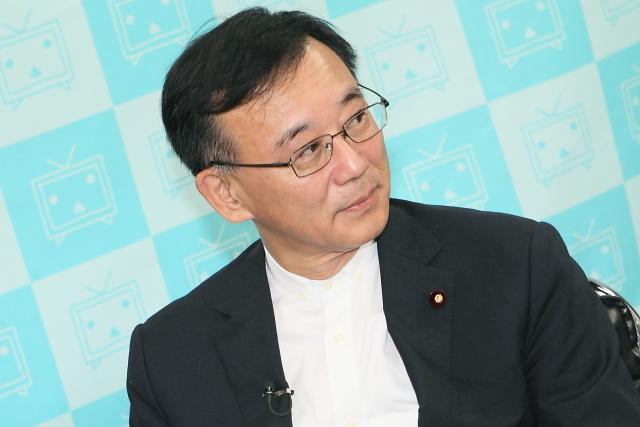 ニコニコ生放送に出演した自民党の谷垣禎一総裁