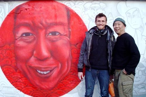 ピラトさん(左)と大西さん(右)。大西さんは、映画『王立宇宙軍』のオープニングで使用された絵を描いたことでも知られる。