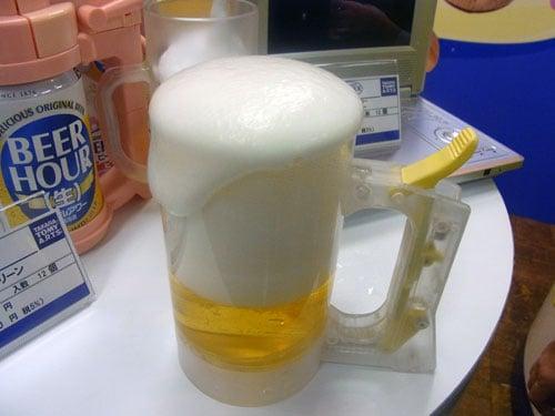 【タカラトミー商談会】電池いらずでビールにいつでも入れたての泡を! 『ジョッキアワー』