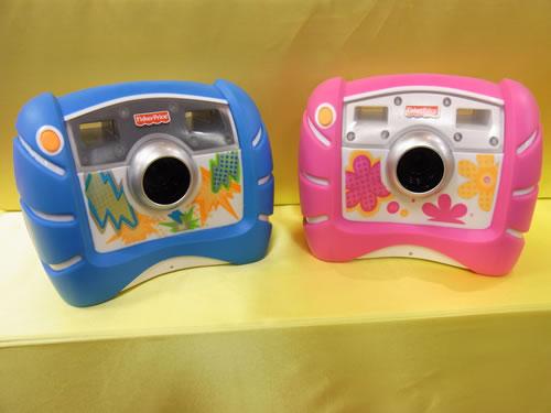 マテル・インターナショナルは『キッズ・タフ・デジタルカメラ』を出展