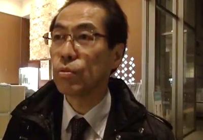 文科省に親書を手渡しに来た古賀茂明氏