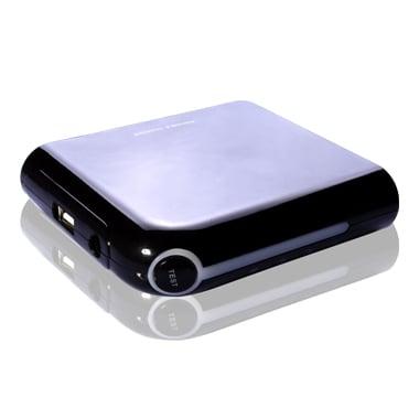 『iPhone4』を約4回分充電できる8800mAhの大容量バッテリー『MEGA POWER BANK 8800』
