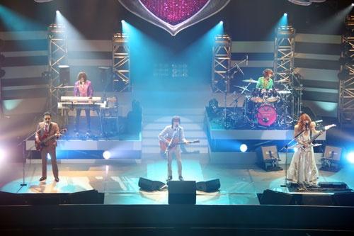 あのTHE ALFEEがバックバンドに? 『のどごし 夢のドリーム』で夢をかなえた一般人が中野サンプラザでライブを実現