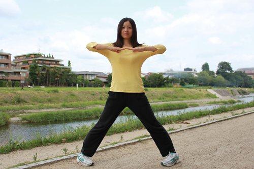 【ピポトレ】1回2分 O脚を治し脂肪が燃焼しやすい身体を作るヒミツのトレーニング