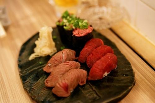 肉の握り3種