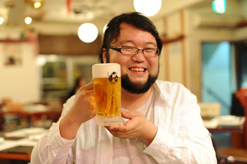 なぜビールは水よりも大量に飲めるのか?