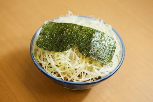 『静かなる丼』が新宿思い出横丁に!?