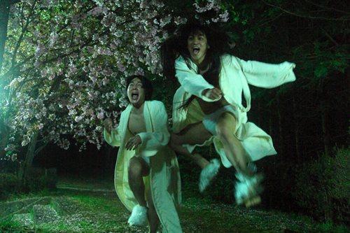 映画『堀川中立売』より (ふたりで)日給千円の神さま?