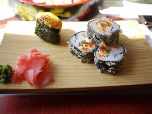 モスクワにある日本(風)料理屋で怪しいСУШИ(スシ)を食べてきた