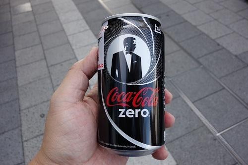 『007 スカイフォール』とのコラボ缶