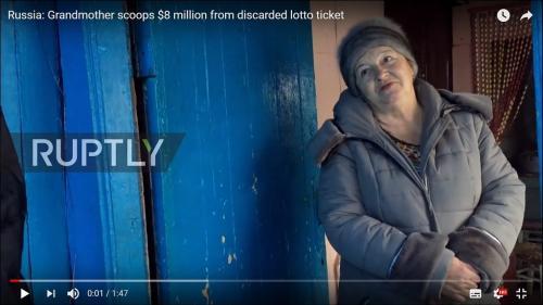 動画:宝くじ9億円に当選したロシア人女性が困惑気味? 大金の使い道がわからない……