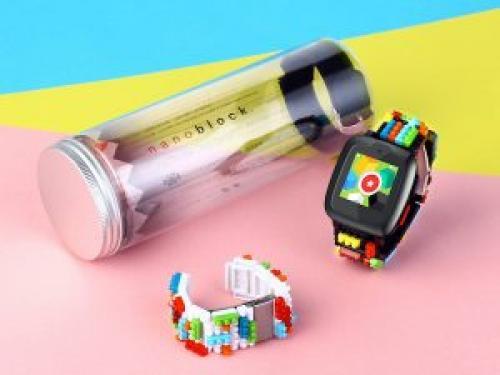 ブロックみたい!?子ども向けのスマートウォッチ「Omate x Nanoblock」が超クール