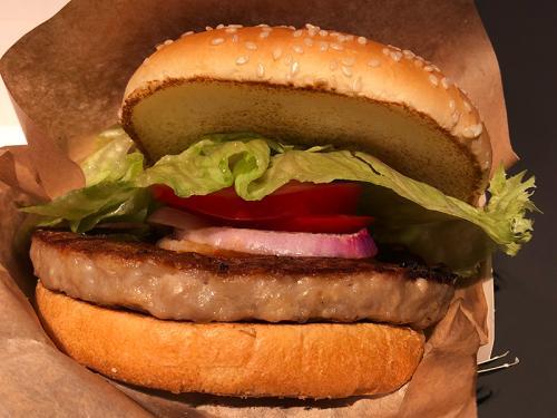 マクドナルドの知られざる限定メニュー『黒豚バーガー』があまりにもウマい!! 食べたことある人は勝ち組!