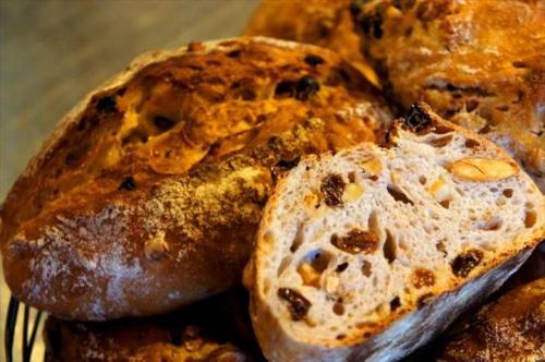 パン激戦区つくばのベーカリー「クーロンヌ」が、横浜赤レンガのパンのフェスに初登場!