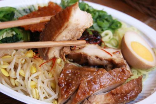 本格派のシンガポール飯! 成城石井「シンガポールフェア」が開催中 食べてみた