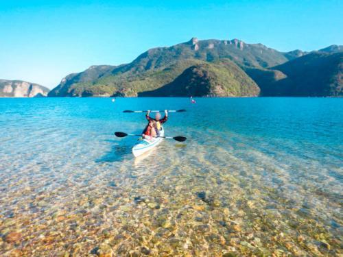 静かな波で初心者も安心!約1300年前と同じ景色が楽しめる対馬・浅茅湾でシーカヤック体験