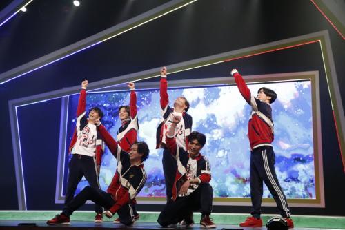 高野洸・西銘駿W主演 男子新体操を描く舞台『タンブリング』ついに開幕!「新体操の力で勇気づけられる作品」「一生忘れられない作品に」