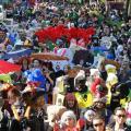 観衆11万人の川崎ハロウィン・パレード! ファッションモンスターたちでなぜか駅前がダンスフロアに