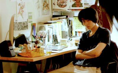 菅田将暉が美少女キャラを描くゲームデザイナーに 部屋着姿がたまらない! [オタ女]