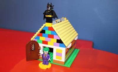 「大人のレゴ教室」ってこんなところ! 世界に一つだけのレゴティッシュケースを作ってみた
