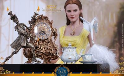 約3万円 『美女と野獣』ベルに扮したエマ・ワトソンがフィギュア化! ルミエールやポット夫人も付属