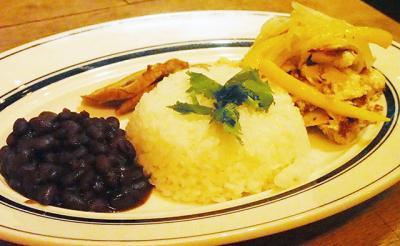 映画『ムーンライト』の再会シーンを再現! 『CaféHabana TOKYO』がキューバ料理プレート&カクテルのコラボメニューを期間限定提供中