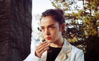 """ベジタリアン学生がいじめによって""""食人""""にめざめるカニバル・ホラー『Raw(英題)』 フランス映画祭で日本上陸[ホラー通信]"""