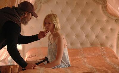 映画レビュー:少年少女を救う裏稼業……男を襲う悲惨な光景とは?『ビューティフル・デイ』