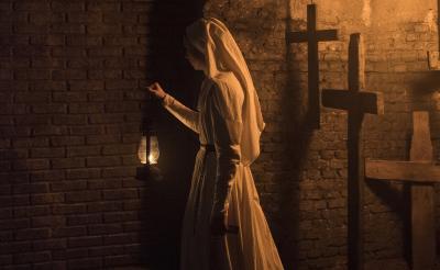 『死霊館』シリーズ史上もっとも恐ろしい『死霊館のシスター』日本公開 特報映像で鳥肌ゾワッ……[ホラー通信]