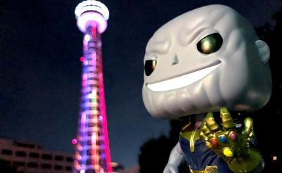 """8月3日は横浜マリンタワーにアイアンマンが登場! ケヴィン・ファイギが語る""""サノス""""も"""