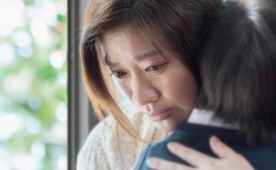 涙なしには観られない「母と子」の究極の絆を描く映画3選 篠原涼子の圧倒的演技『人魚の眠る家』ほか