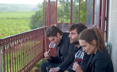 そうだワイン飲もう! 映画『おかえり、ブルゴーニュへ』はワインが最高に美味しくなる傑作ドラマ