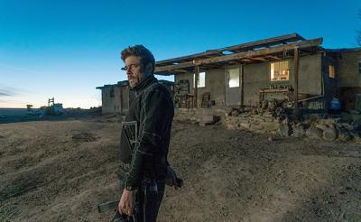 """国境麻薬戦争を描く映画『ボーダーライン:ソルジャーズ・デイ』 衝撃の""""デル・トロ撃ち""""は実際に出来るのかやってみた"""