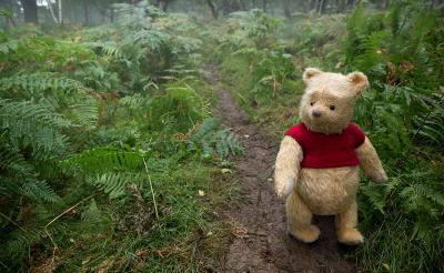 「少し傷んだ感じを出しているよ。森にいたんだからね」今にも動き出しそうなぬいぐるみ達! 映画『プーと大人になった僕』メイキング映像