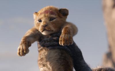 ふわっふわの子どもシンバ!『ライオン・キング』<超実写版>特報映像公開