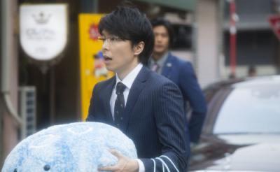 映画『海月姫』長谷川博己のスーツ+ぬいぐるみ姿に激萌え! 月海との2ショットも[オタ女]