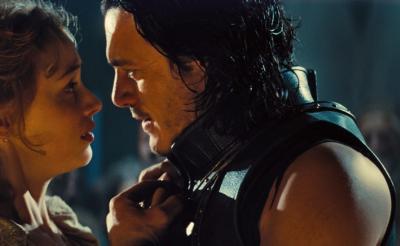 『ドラキュラ ZERO』で描かれる切ない愛! 血を吸いたいのに愛している……苦悩する姿がセクシー