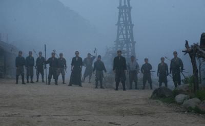 『十三人の刺客』 巨大要塞が出現! カラクリ満載の宿場町で、13人 vs 300人の死闘がアツい!!