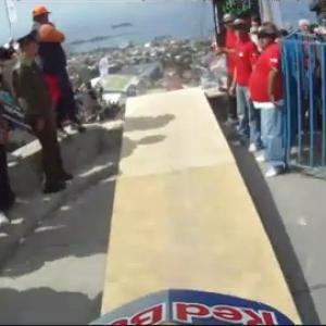 チリの自転車レースが大迫力で凄い! ゲームのようなダイナミックな動き