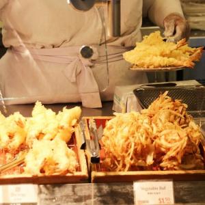 """ドヤ顔で""""天丼""""を注文! ハワイの丸亀製麺に衝撃を走らせてきた"""