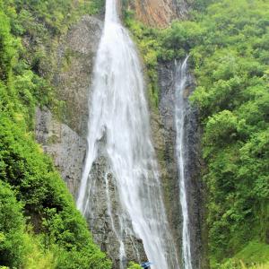 カウアイ島の自然を一気に楽しむ方法はコレだ! ヘリコプターで行くジュラシック・フォールズ・ツアーに参加してみた