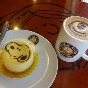 店内はまるでミュージアム! 香港に行ったら「チャーリー・ブラウンカフェ」はマスト