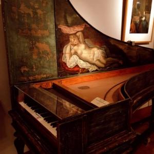 約1300の楽器を網羅した国内唯一の楽器博物館(浜松市)